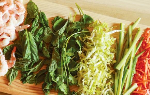 Shrimp summer roll ingredients